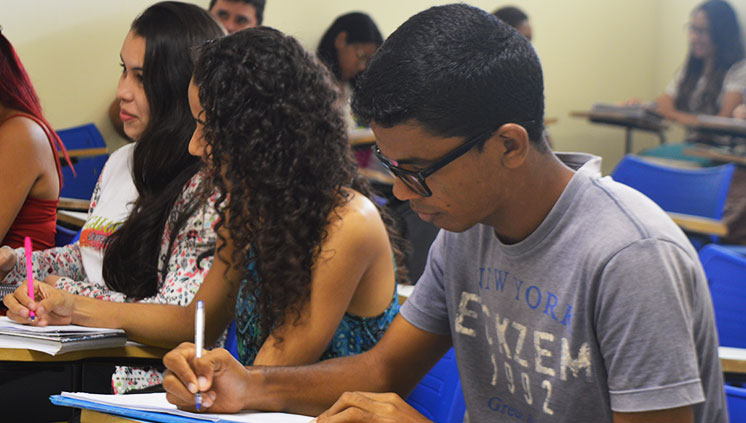 Unifesspa faz seleção para contratar professores bolsistas de Inglês. Inscrições até 2 de maio