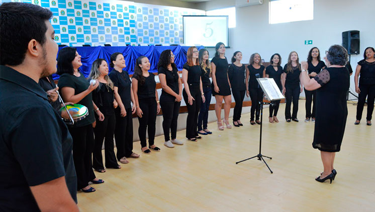Coral da Unifesspa faz sua primeira apresentação no 5º aniversário da universidade