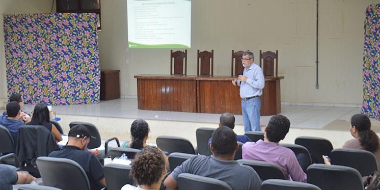 Comunidade Acadêmica do ICH se reúne para dialogar com a Administração Superior