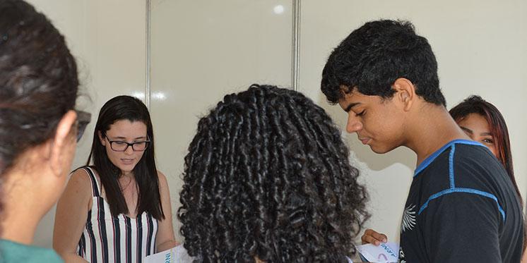 Unifesspa recepciona calouros e apresenta setores da instituição